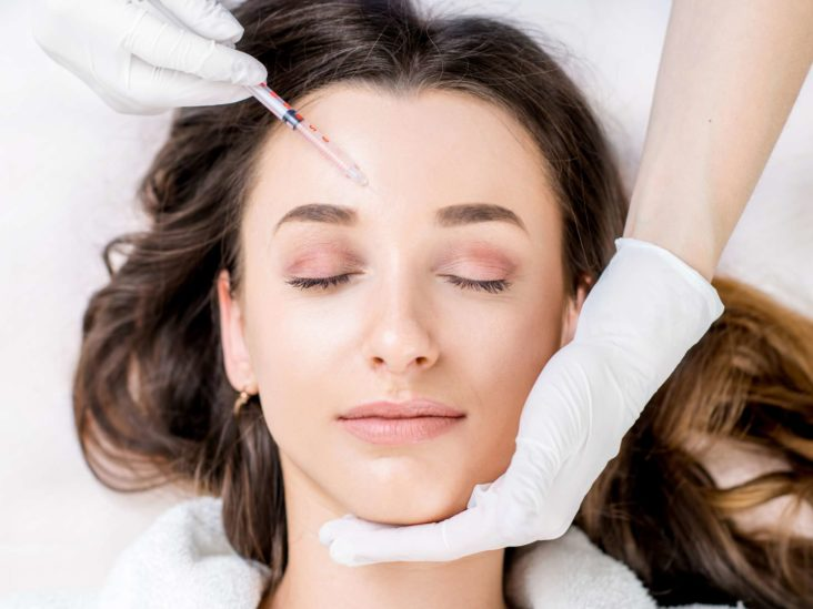 Benefits and risks of nose job and eyelid aesthetic surgery in Turkey